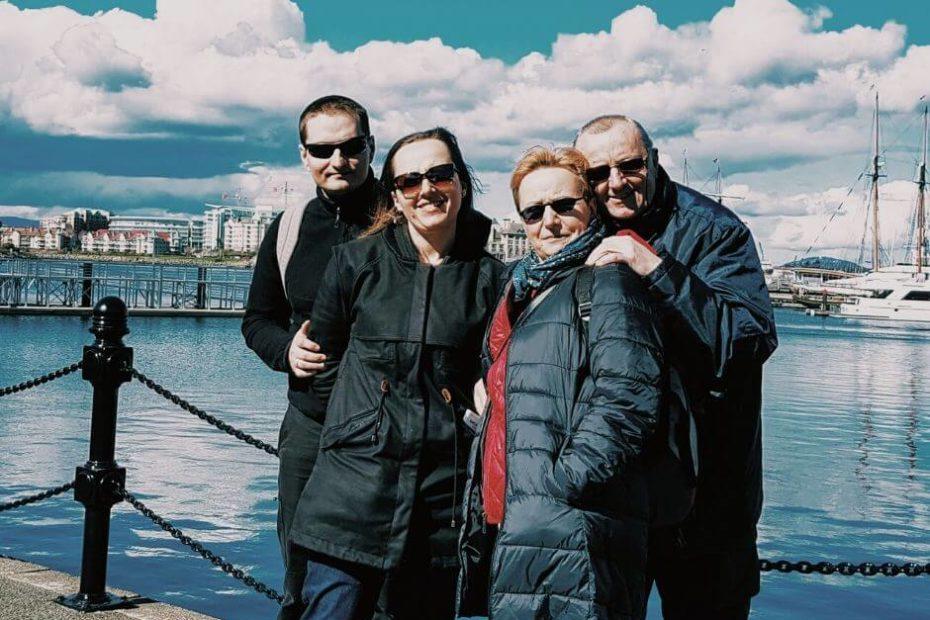 Grupa osób z tej samej rodziny wpis rodzina z Polski przyjeżdża Blog Kanada sie nada o polskiej rodzinie w Vancouver i emigracji do Kanady
