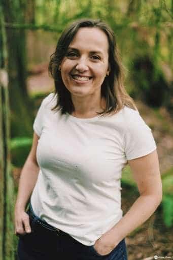 Kasia Kate Jeziorska portret w lesie